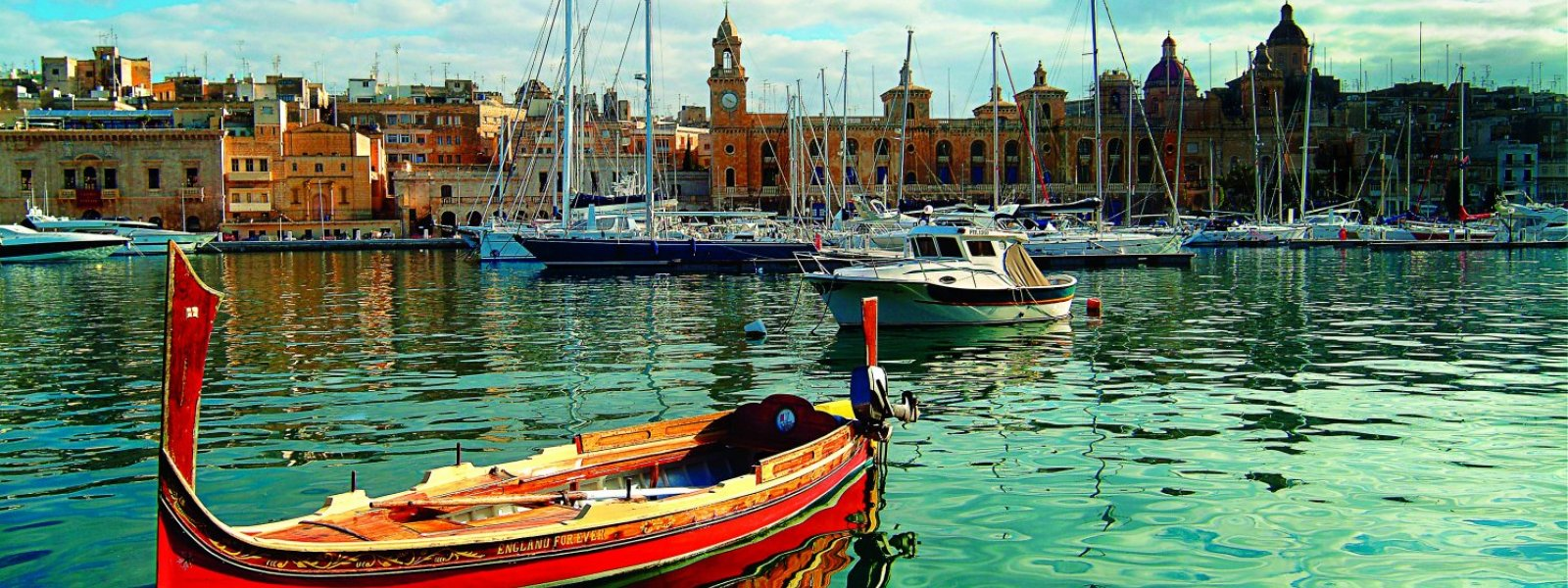 Malta perinteinen vene Luzzu