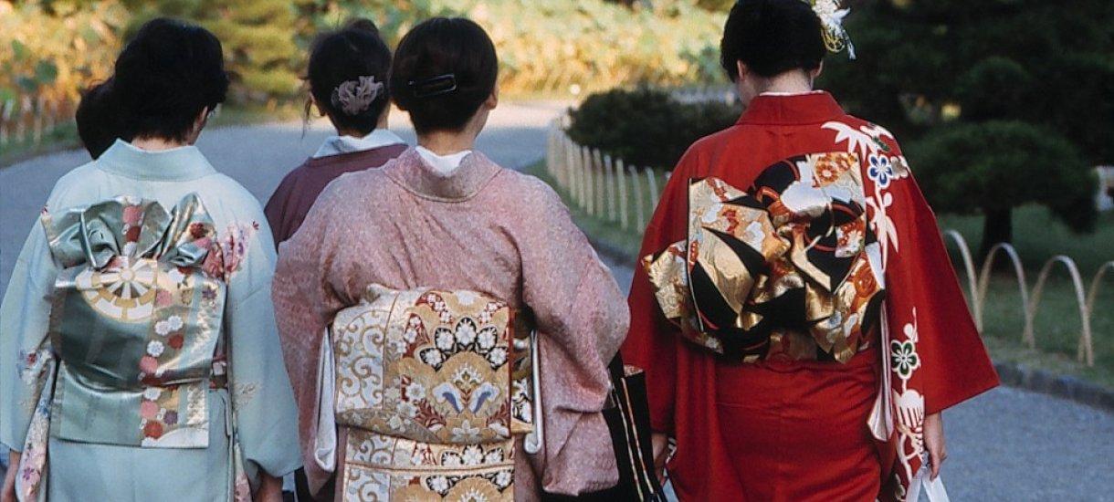 Ladies in kimono, Klassinen Japani