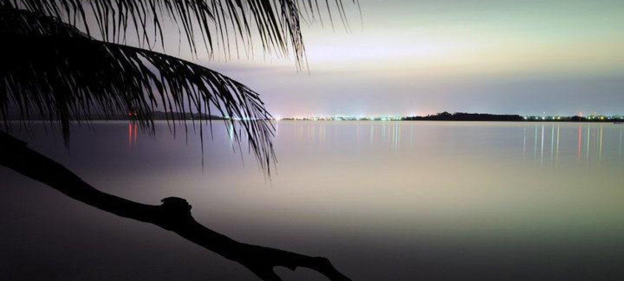 Auringonlasku Karibianmerellä